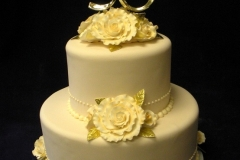 2450, tier, two tier, roses, flowers, pale, yellow, 50th, fiftieth, white, gold, simple