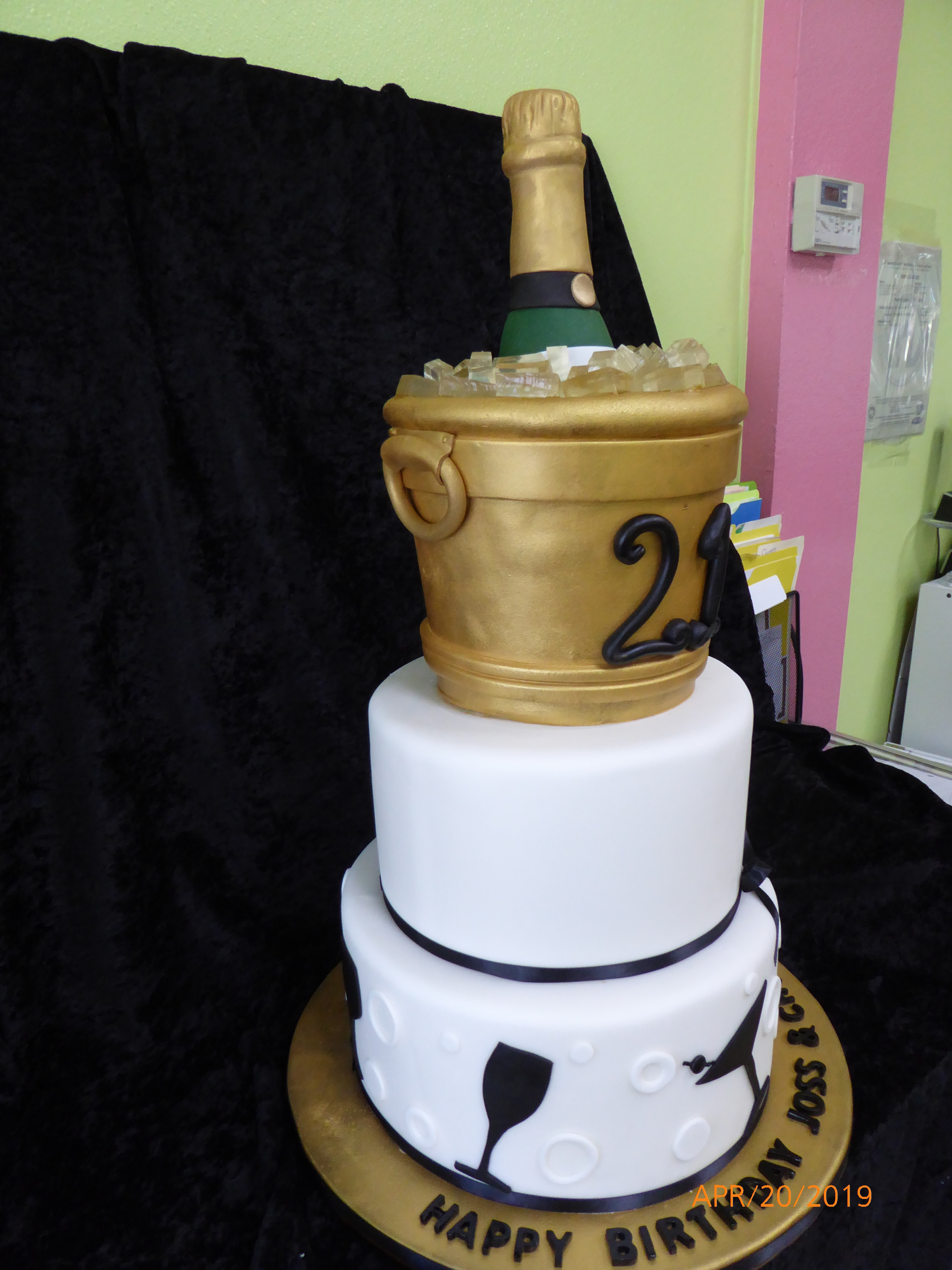 3320, 21st birthday, twenty first birthday, ice bucket, wine, champagne, black, white, gold, martini, tiered