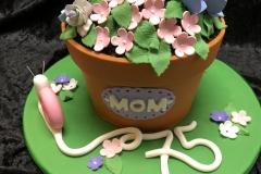 3104, 75th birthday, seventy fifth birthday, flower, flowers, hydrangeas, snail, pot, terra cotta, carved