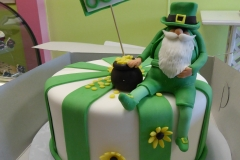 P1000053, 80th birthday, eightieth birthday, leprechaun, gold, flower, flowers, green, white, irish, ireland, figure