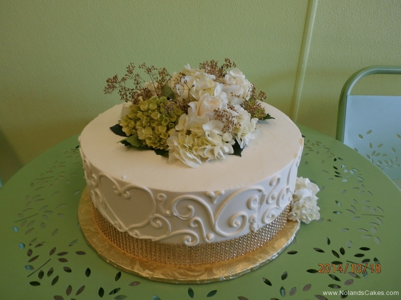 464 flowers, brown, tan, gold, topper, white, swirls, hearts, piping
