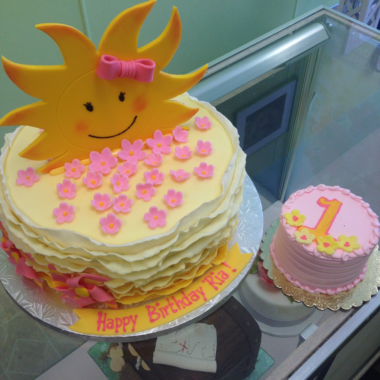 2975, first birthday, 1st birthday, flower, flowers, sun, sunshine, pink, yellow, gold, smash cake