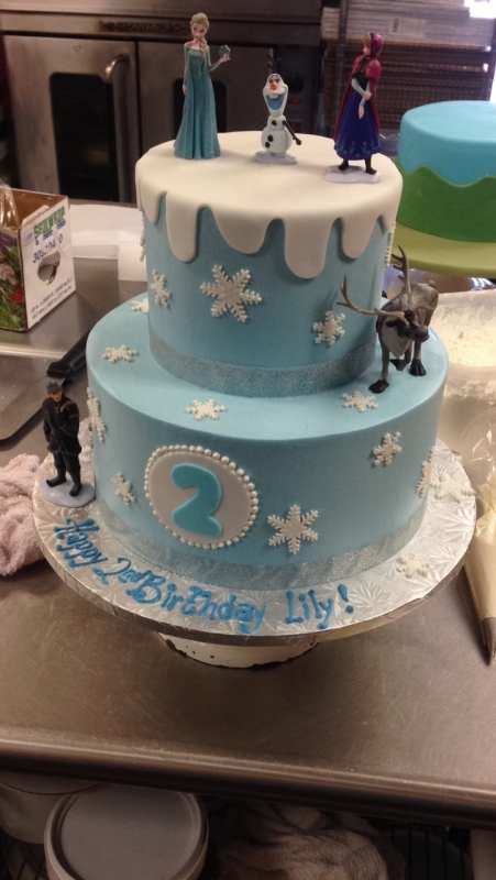2026, second birthday, 2nd birthday, snow, snowflake, snowflakes, frozen, elsa, anna, kristoff, olaf, blue, white, tiered
