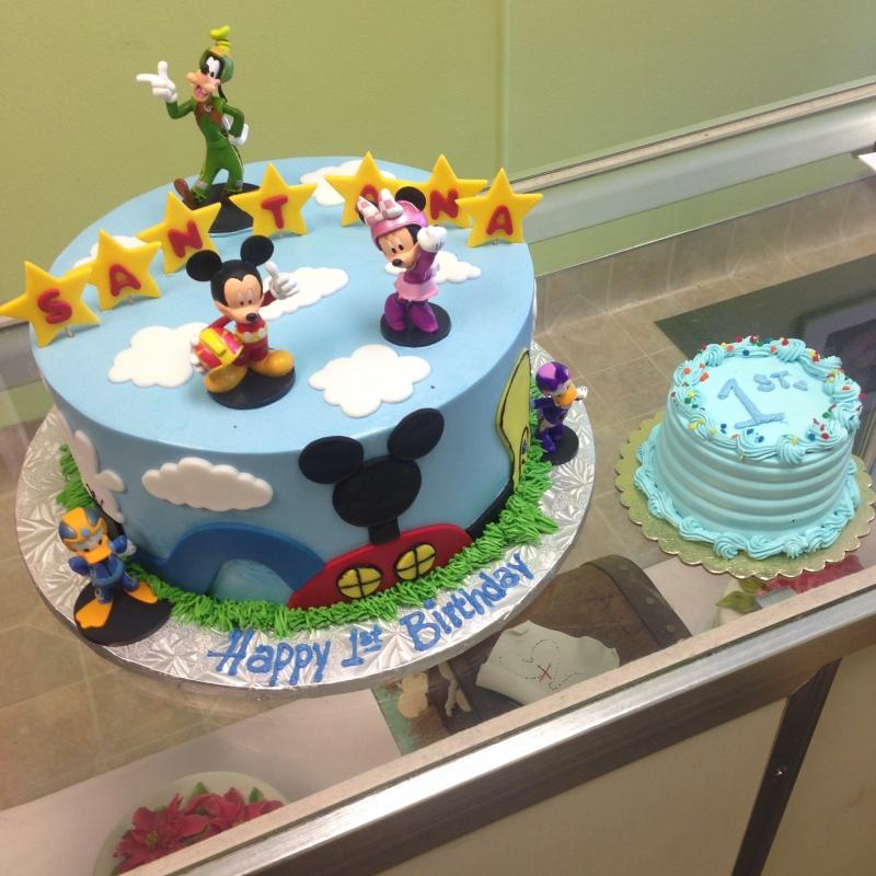 2038, first birthday, 1st birthday, mickey mouse, mickey, disney, goofy, daisy, donald, duck, race, blue, red, star, stars, ears, smash cake