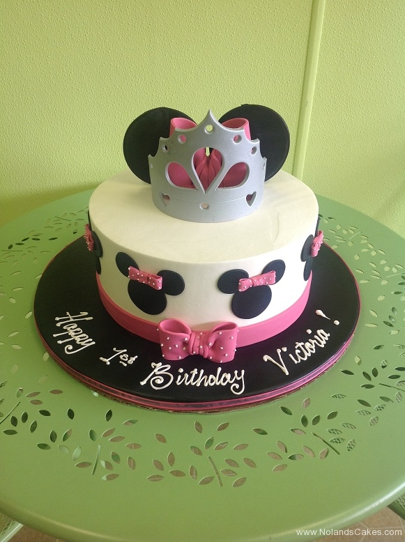 298, 1st birthday, first birthday, disney, minnie mouse, minnie, pink, black, white, princess, crown, tiara