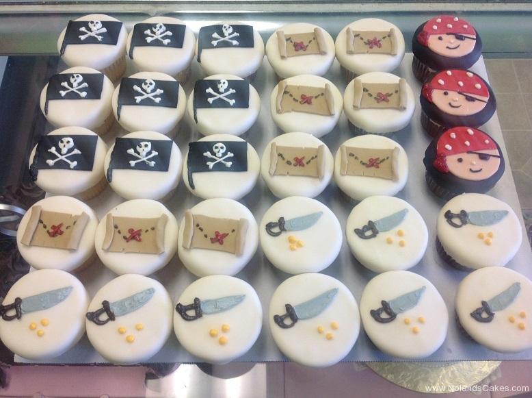 650, pirates, jolly roger, pirate flag, treasure, treasure map, treasure chest, sword, treasure hunt, birthday, boys birthday